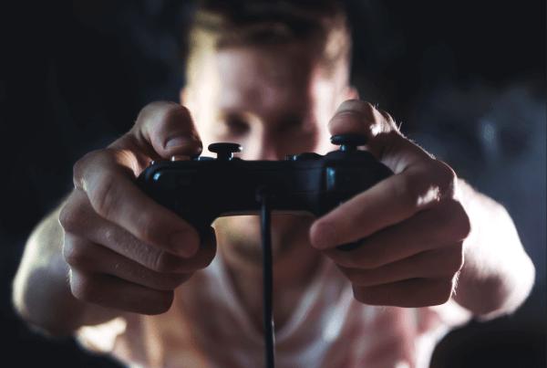 videojuegos-ofertas-covid-19-cuarentena-coronavirus-capcom-humble-bundle-juegos-gratis-gamer-sims-fortnite-warzone