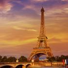 Recorre la Torre Eiffel dando recorrido virtual Paris online cursos