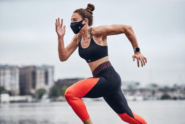 Under Armour crea cubrebocas para hacer ejercicio al aire libre correr deportes Sportsmask mascarilla covid-19