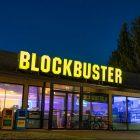BlockBuster películas Airbnb pijamada amigos Oregon