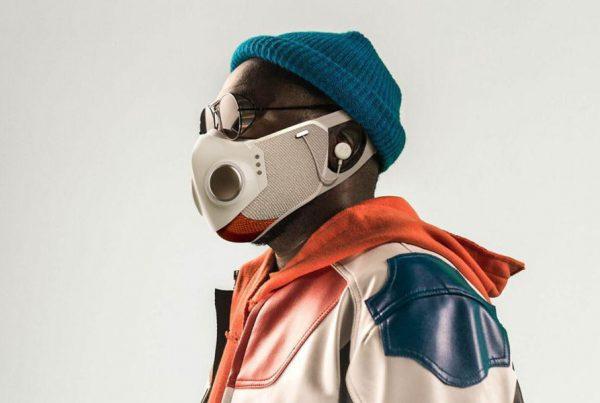 Xupermask Will.i.am lanza una mascarilla con audífonos creada por el diseñador de SpaceX