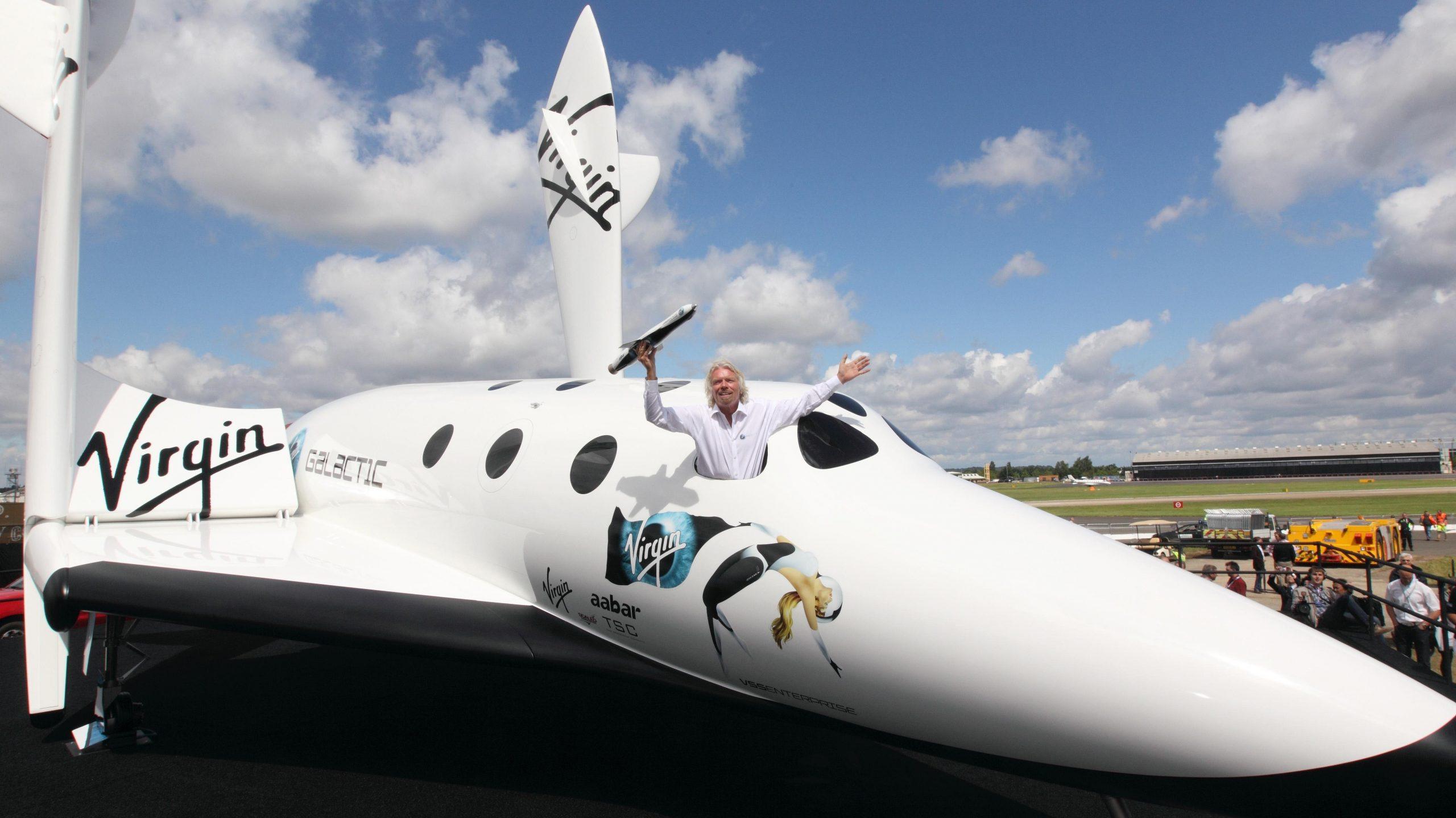 Richard Branson ganó la carrera de viajes turísticos al espacio entre multimillonarios